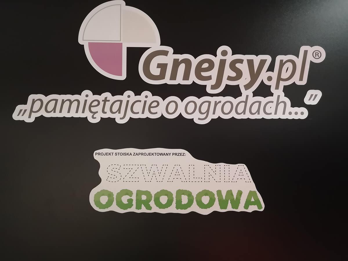 Projekt stoiska zaprojektowany przez Szwalnię Ogrodową - stoisko dla Gnejsy.pl
