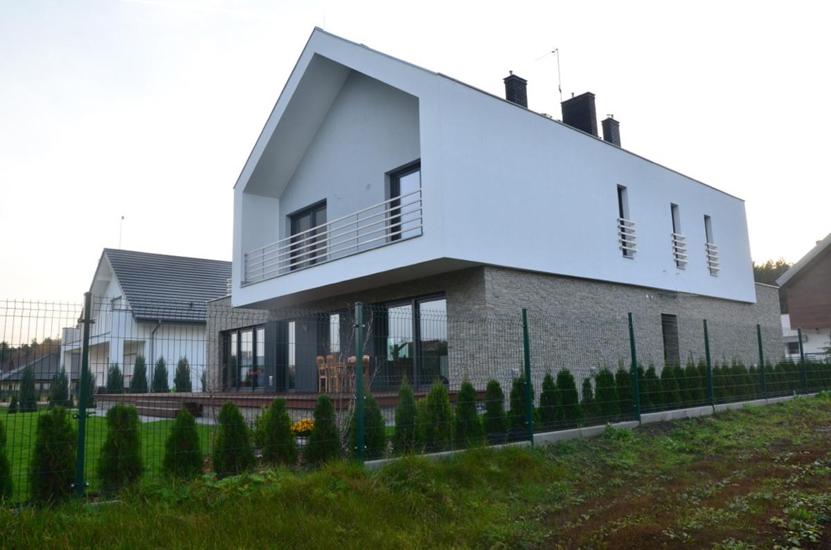 Elewacja budynku (2)